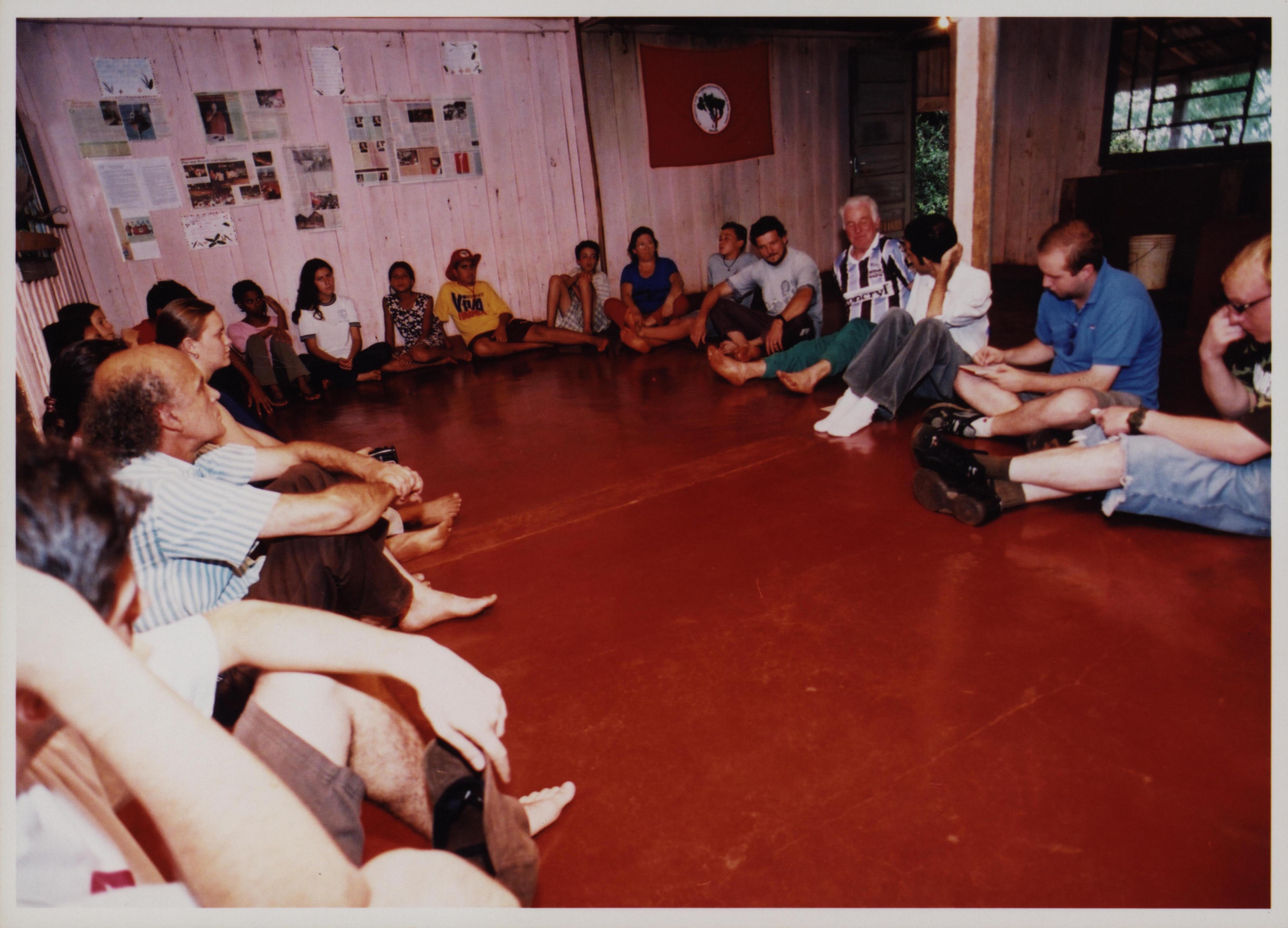 Oficina ministrada por João aos membros do Movimento Sem Terra (MST)