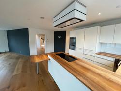Küche_ Blick zum Wohnzimmer
