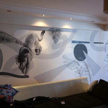 Kişisel ev dekorasyonu için tasarlayıp boyadığım duvar.