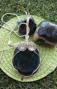 healign crystals, chakra, crystal pendant, handmade jewellery, green aventurine