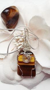 healign crystals, chakra, crystal pendant, handmade jewellery, tiger eye