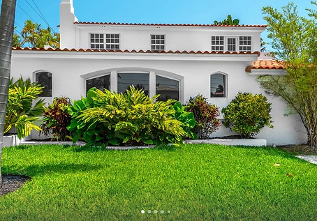 Mid Miami Luxury Home 3.png