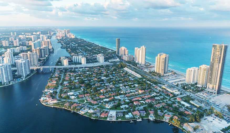 Wonderful skyline of Miami at sunset, ae
