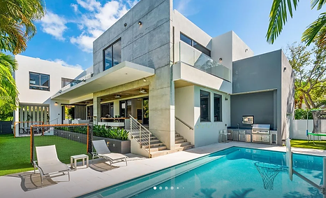 Luxury Home Key Biscayne.png