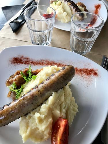 Aligot saucisse Le Café de Caen