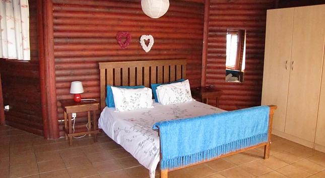 Angel Fish main bedroom.png
