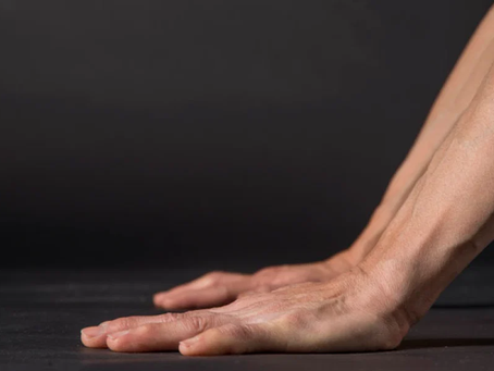 8 Yoga Poses to Strengthen Your Wrists