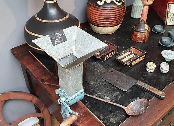 Vintage Coffee / Spice grinder