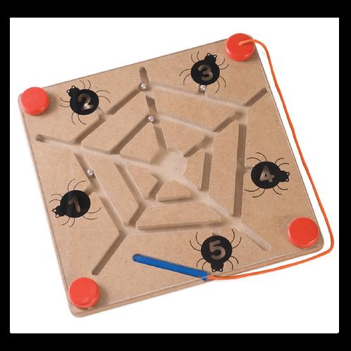 Web Magnetic Maze