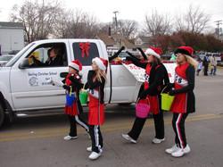 Cheerleaders from East Coloma School Tab 2011
