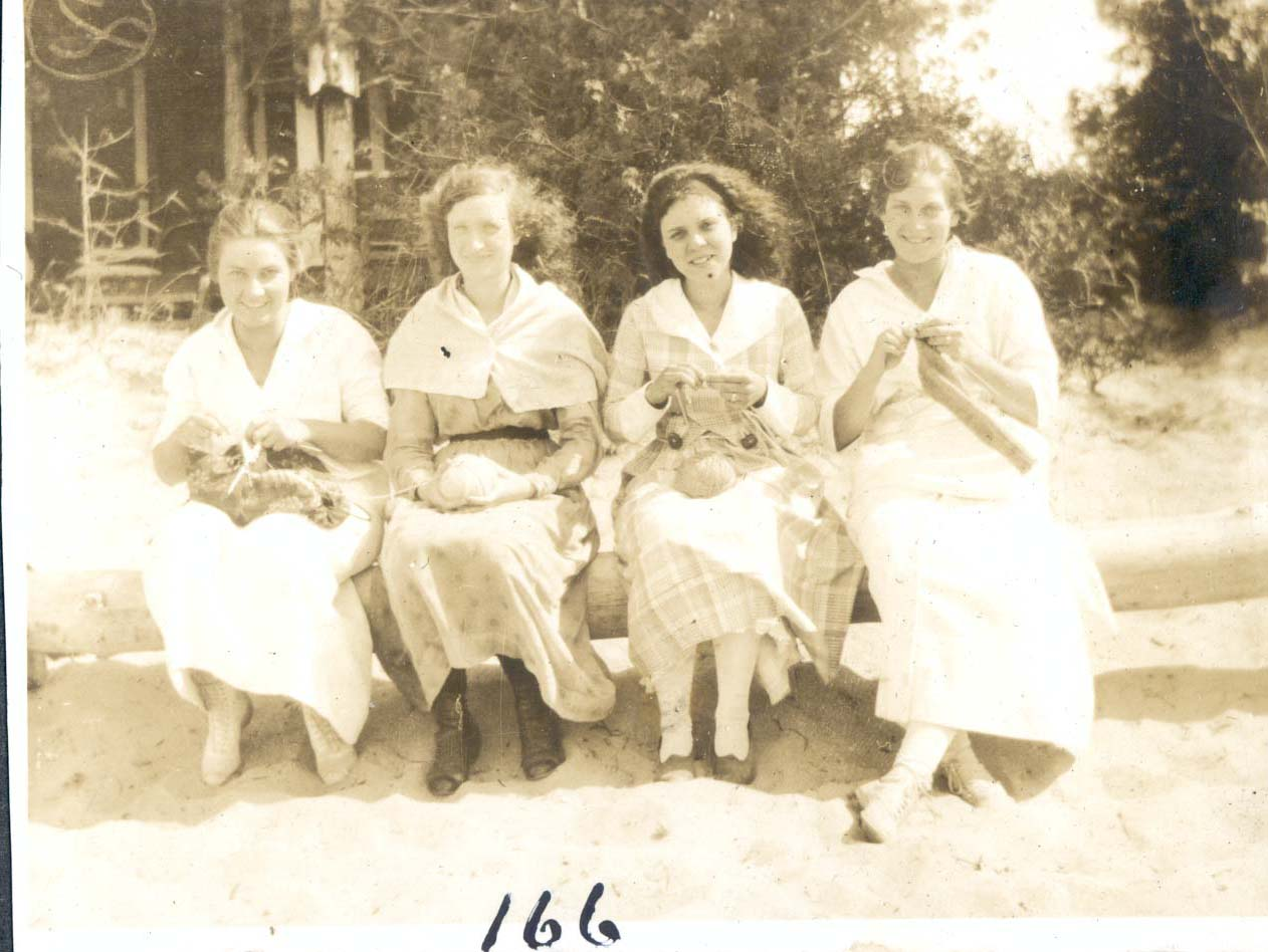 Bea, Mildred,     ,Marion.jpg