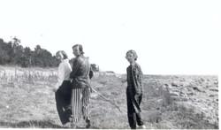 Betty McLellan EJ Davidson Betty Malcolm 1934.jpg
