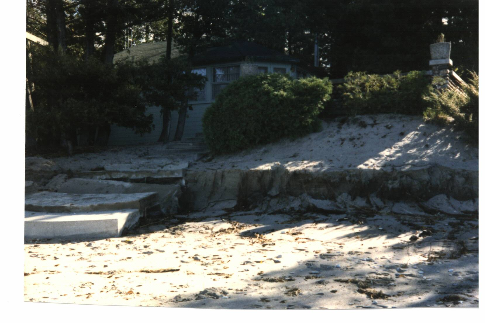 High water Oct 1986 at No 50.jpg