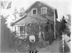 Bradleys at #28 -1919-20.jpg