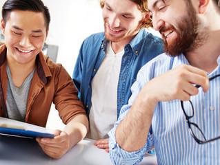 Quatre stratégies publicitaires et quatre stratégies d'influence .