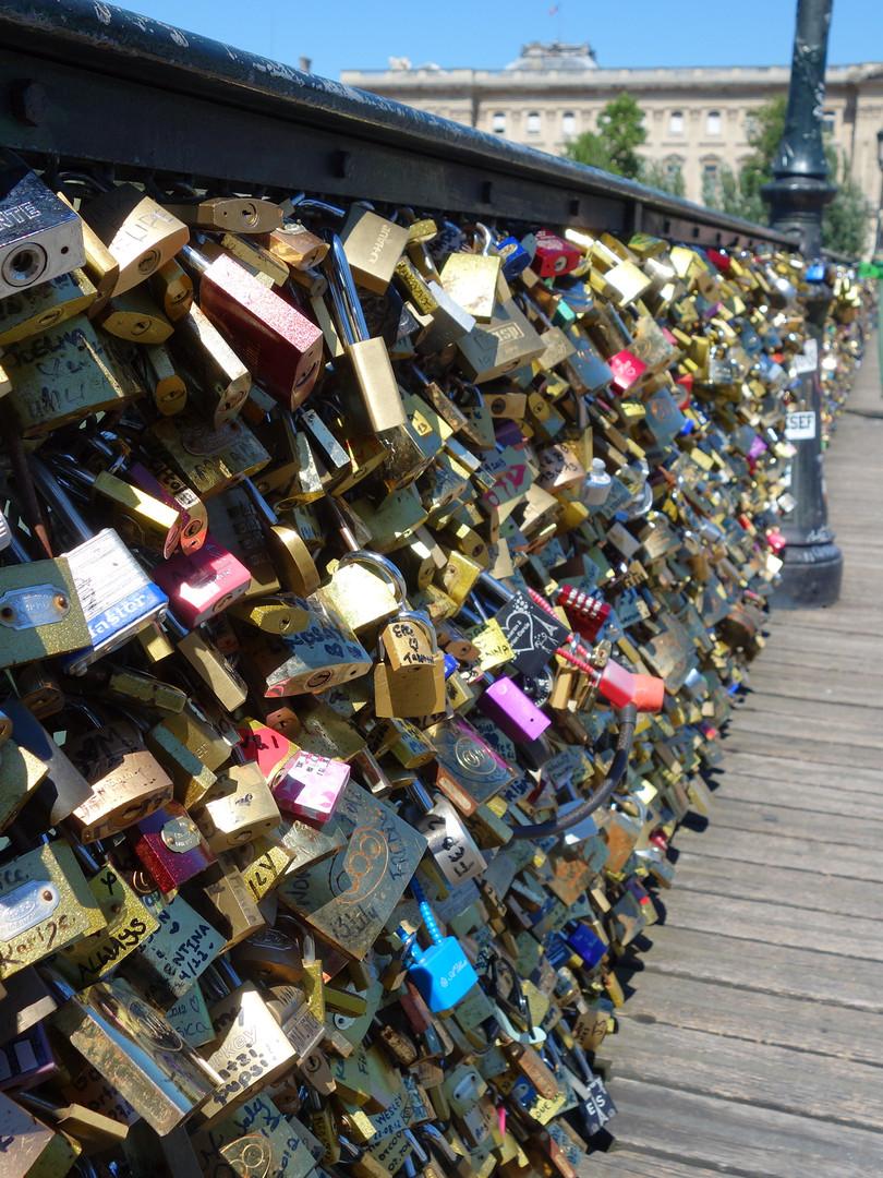 Love Locks cliché