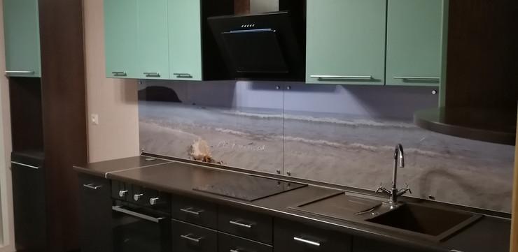 Кухонный гарнитур Венге с зеленью