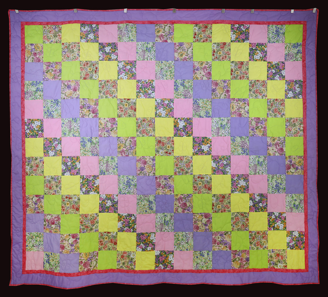 Flower Garden First Quilt by Elizabeth