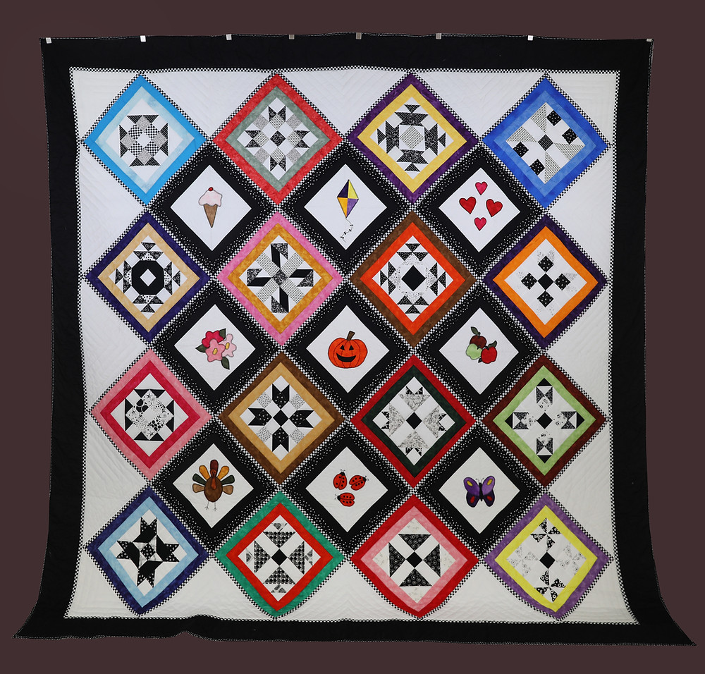First Saturday Block Quilt by Evielean Howell