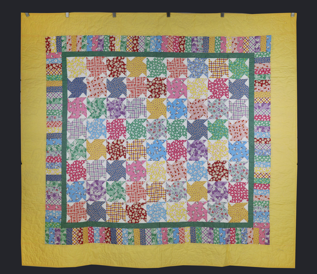 Windmill Pattern Quilt by Dee Mueller