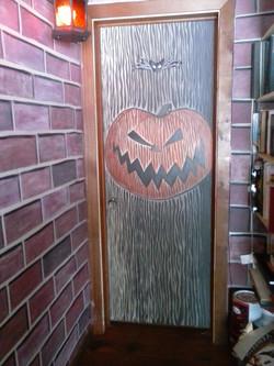 Halloweentown door inside