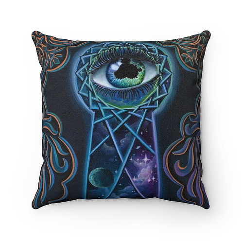 """""""The eye that sees"""" Faux Suede Square Pillow"""