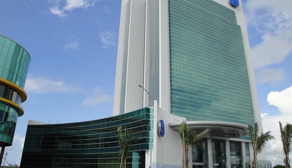 Bank Mega, Makassar