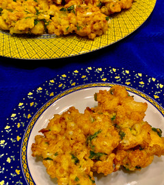 Cauliflower Fritters - A delicious side dish to serve as an appetizer!