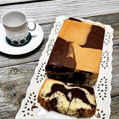 Chocolate Marble Cake - a childhood memory (עוגת שיש)