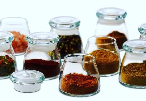 Is it even normal to be so exited about new spice jars? Well   I am!
