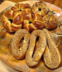 Jerusalem Bagels! Yes they first started in Jerusalem…(בייגלה ירושלמי)
