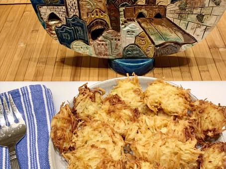 My mother's Latkes! Also known as Potato Pancakes (לביבות)