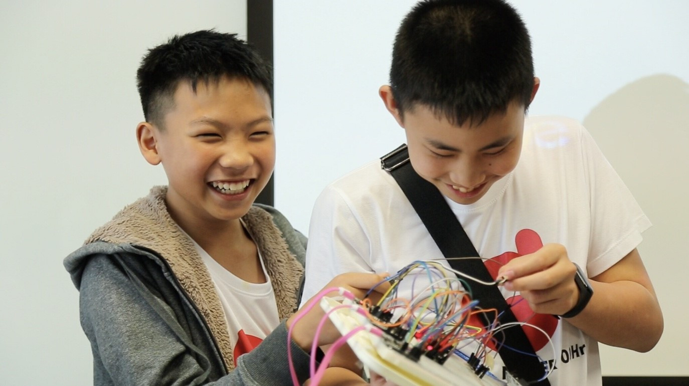 young digital maker 4.jpg