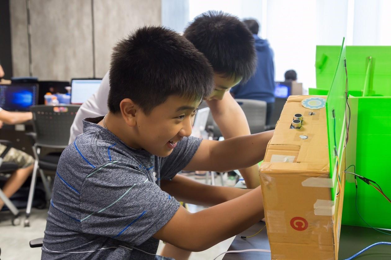 young digital maker2.jpg