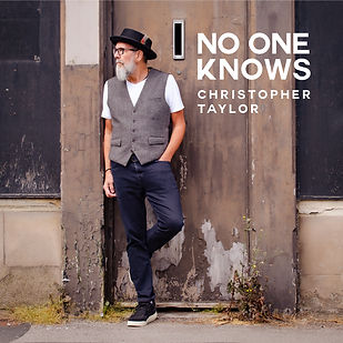 NO-ONE-KNOWS-COVER-CHRIS-TAYLOR (1).jpg