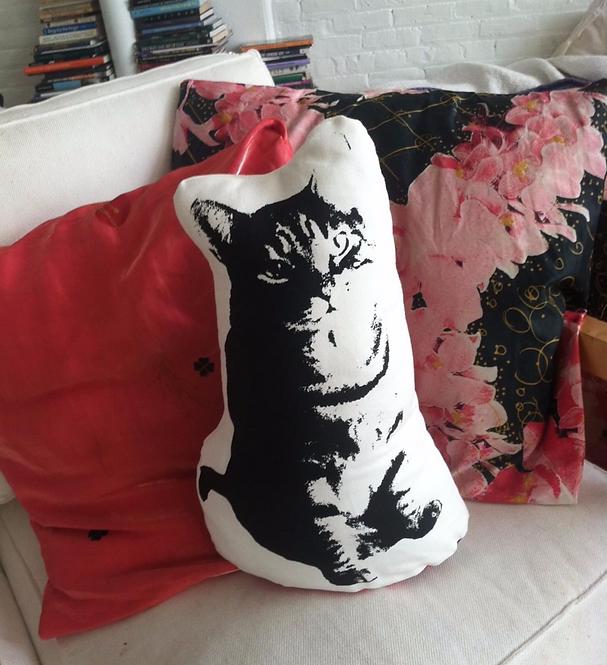 Cat Pillow/Soft Sculpture (KATZ!)