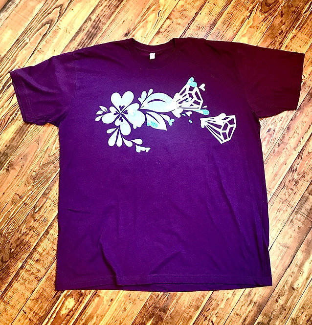 Size 3XL Purpley Plum T-shirt with silver heart splash, diamonds & aqua hearts