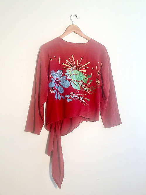 Size M Cranberry screenprinted art to wear wrap top