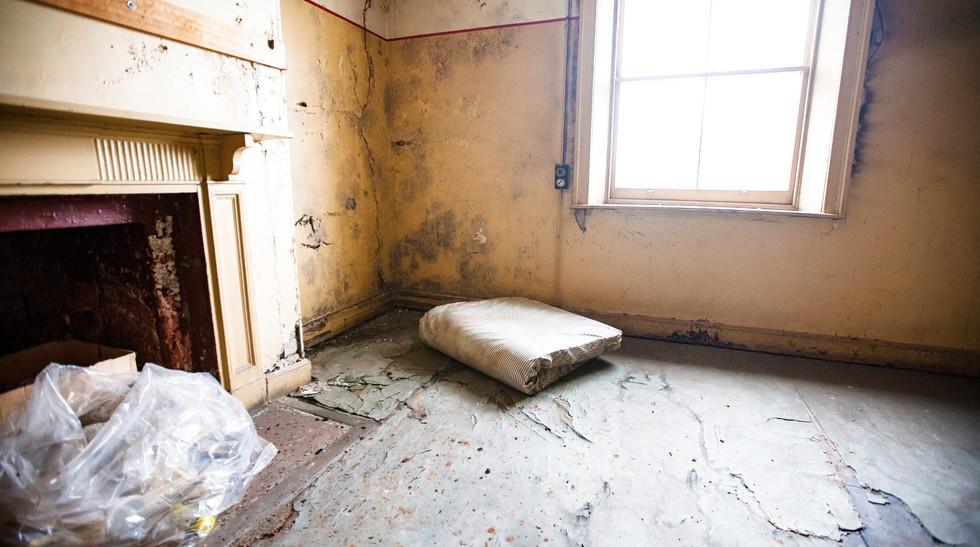 Jami's office pre-renovation 1