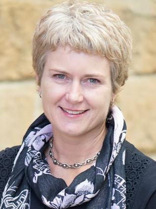 Larissa Bartlett: Member