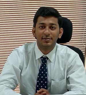 Dr-Dhaval-Shah_edited.jpg