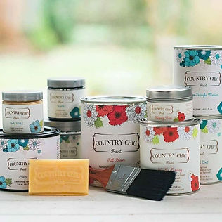 COUNTRY CHIC paint and accessories will