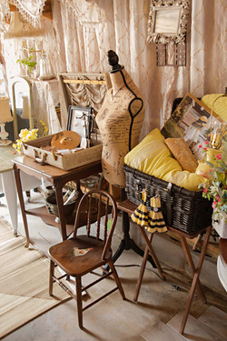 Country Chic Studio Space