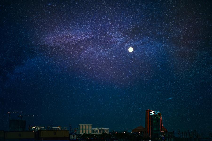 astronomy-beautiful-buildings-776004.jpg