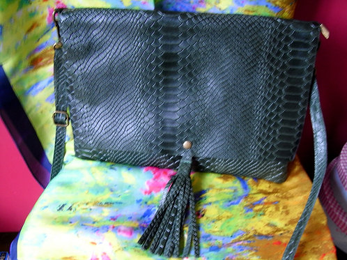 Abrea Dark Green Leather Bag With Over The Body/Shoulder Strap