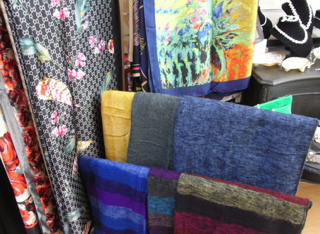 Silk & Wool Scarf Delivery