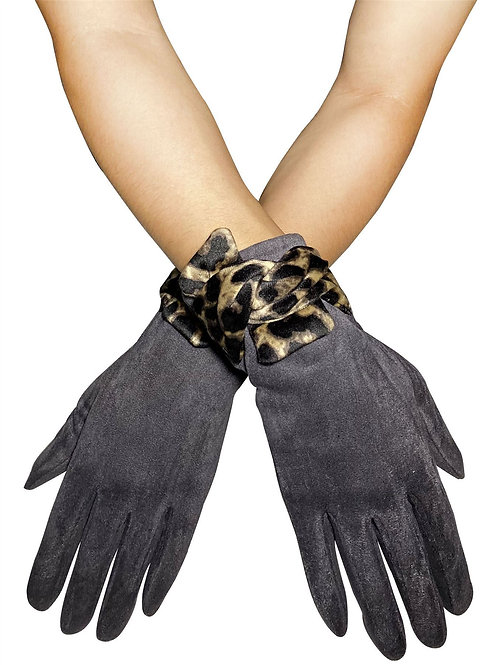 Suede Style Touchscreen Gloves with Leopard Print Bow
