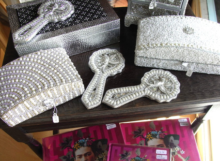Beautiful Jewellery Boxes & Mirrors
