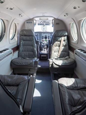 King Air 90 (4).jpg