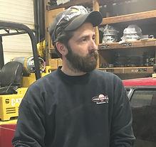 AER Auto & Truck Repair Waukesha Wisconsin Skilled Mechanic Service Writer Quality Repairs and Maintenace Fleet Service Dwayne Photo